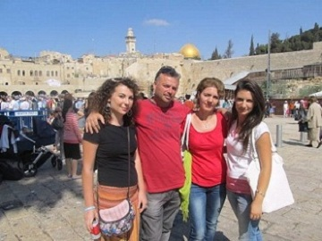 Daniel and Iulia Stanger, Adelina and Oana, on a recent visit to Jerusalem